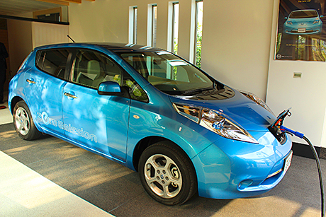 Recharging of an all-electric Nissan LEAF