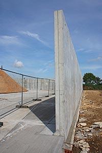 whites-concrete-wall