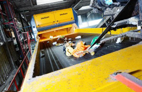 German waste disposal firm selects black plastic sorting system