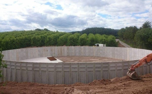 Concrete firm goes round and rectangular with two new tanks for farm AD Plant