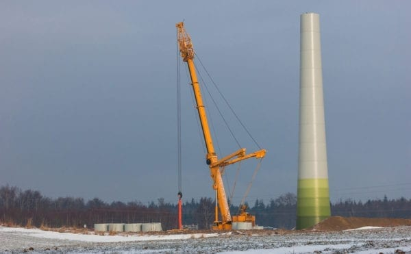 Union calls for stronger legal provisions for wind farm working after a worker dies in Scotland snows.