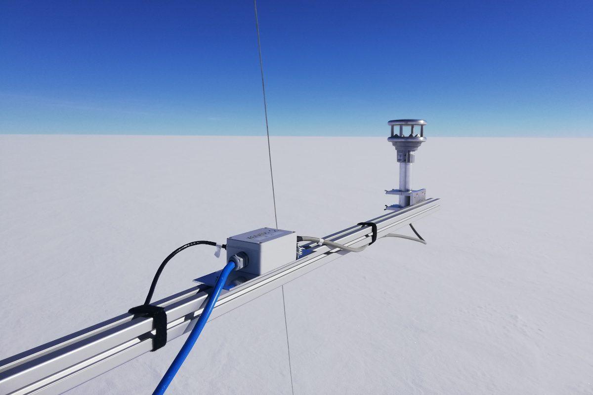 VENTUS sensor on Greenland ice sheet
