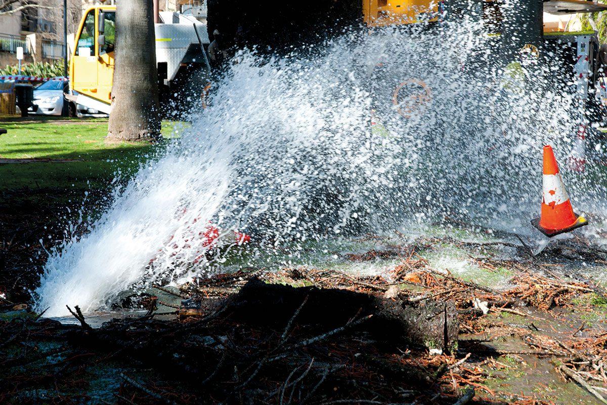 leak from ground