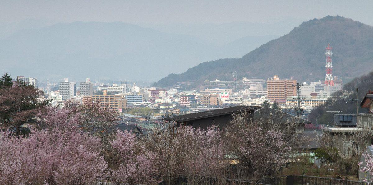 Fukushima-from-Hanamiyama