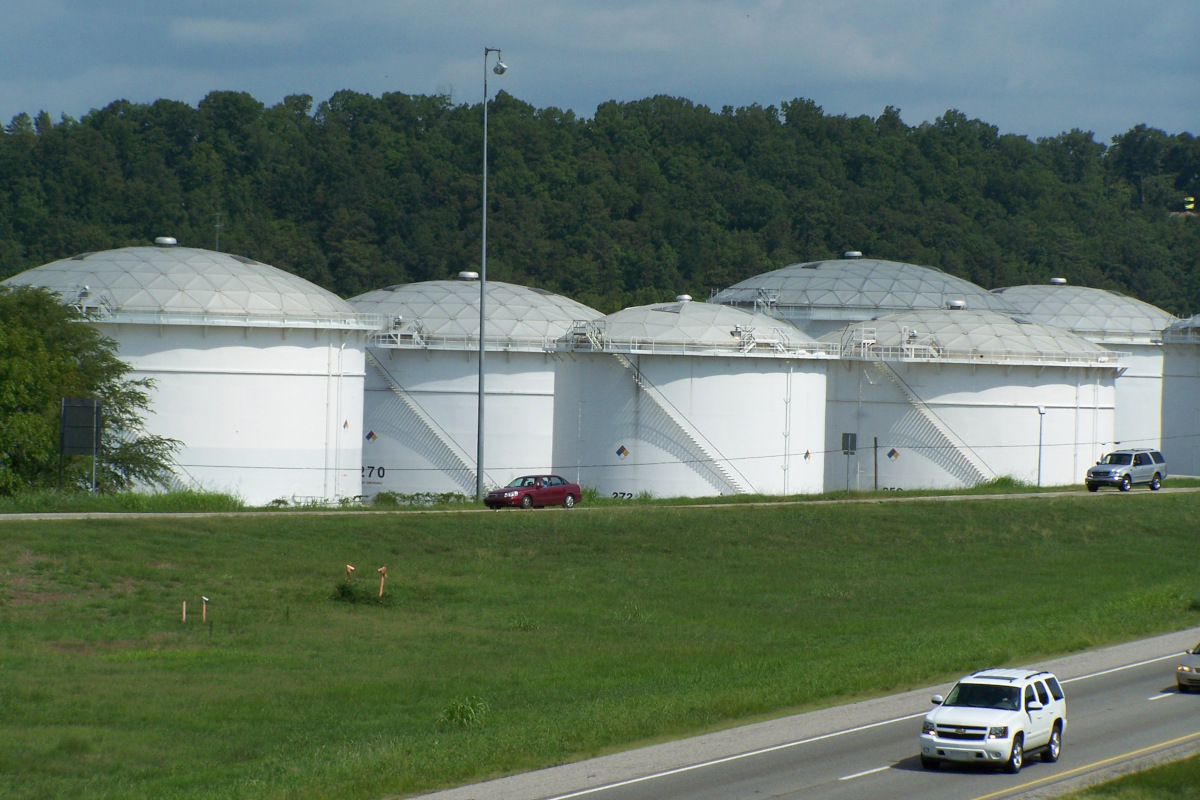 Tank-farm-for-Colonial-near-Birmingham-Alabama