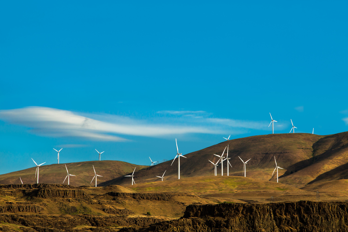Columbia-Gorge-wind-turbines
