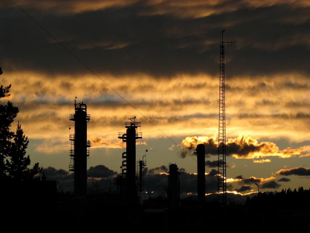 Shell-Oil-sunset