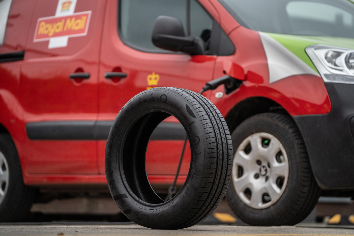 Royal Mail - emissions cutting tyres